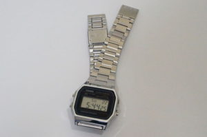 スライド式の時計