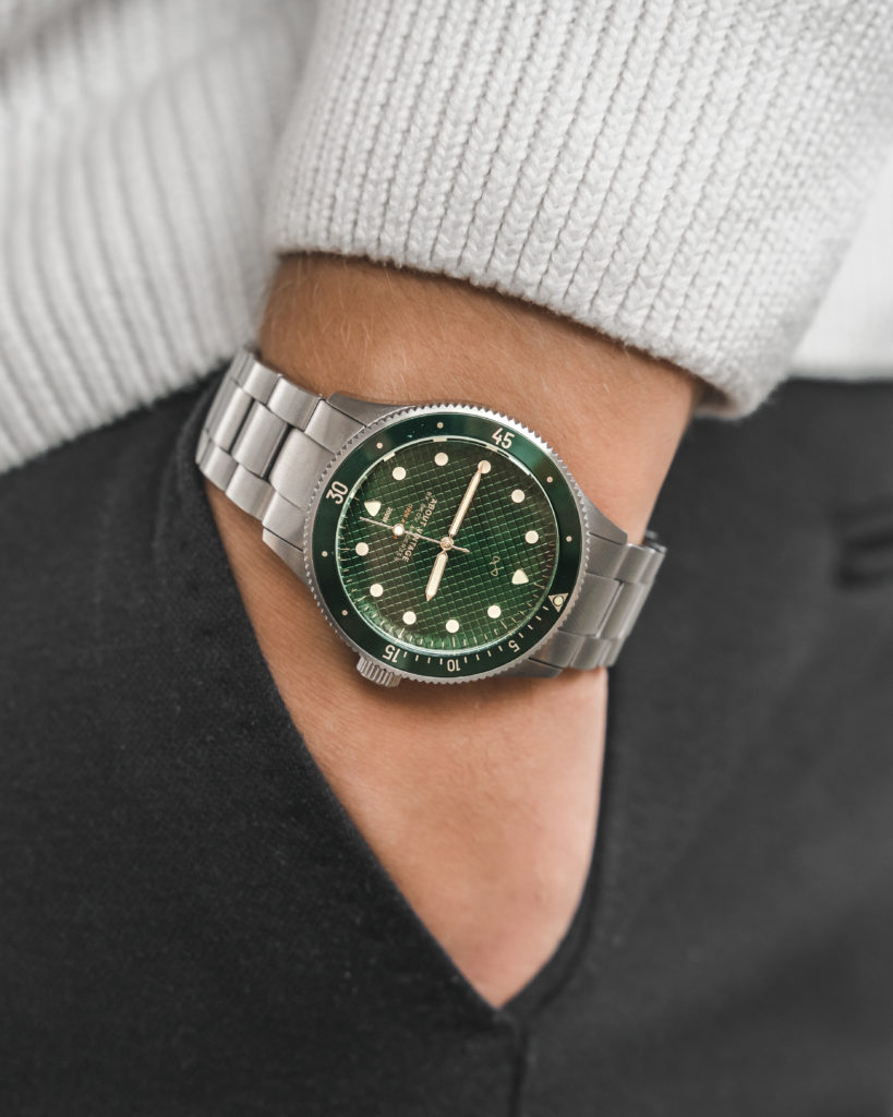 About Vintage Green10